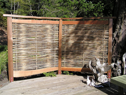 Outdoor privacy screen Bamboo screens for outdoors