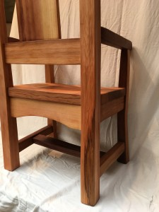 cedar chair 6 (with arms)