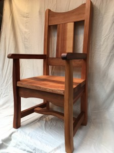 cedar chair 5 (with arms)