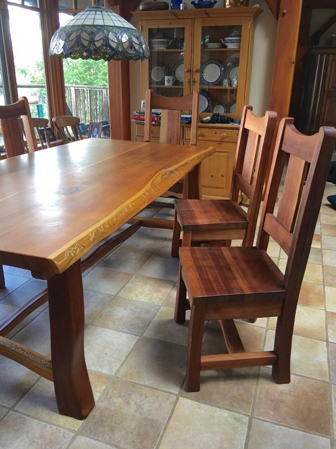 Reclaimed cedar dining set - Cedar Sustainable Woodwork