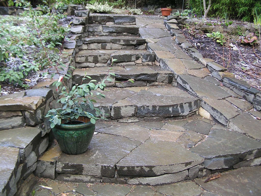 Pender Style Grand Stone Staircase And Ramp Cedar