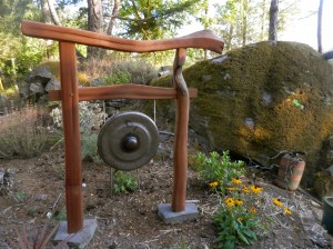 Asian Gong Stand